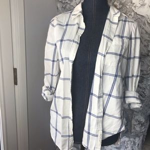 H&M women's plaid button down Sz 6